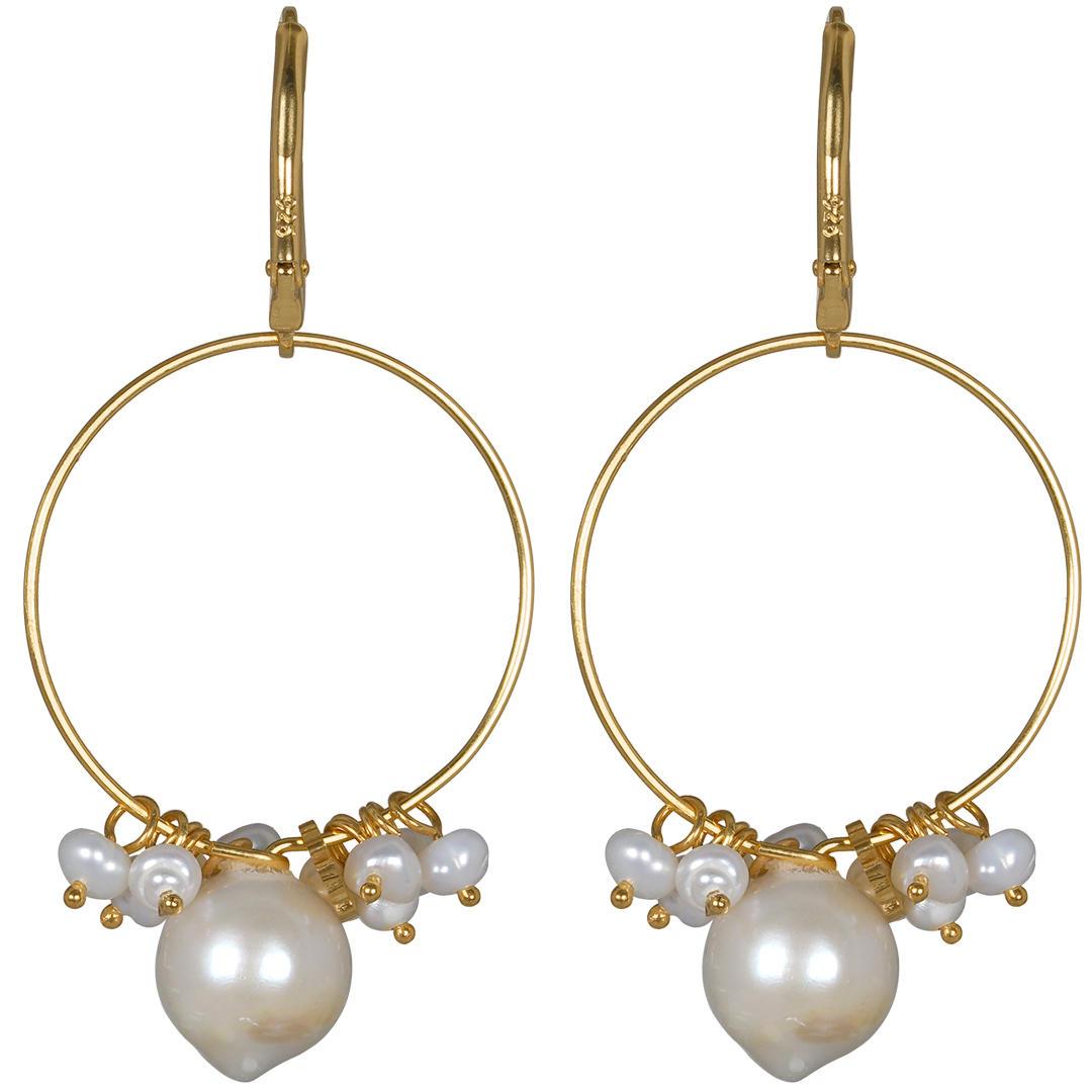 Handgemaakte oorbellen van Pearl Gold van PimpsandPearls
