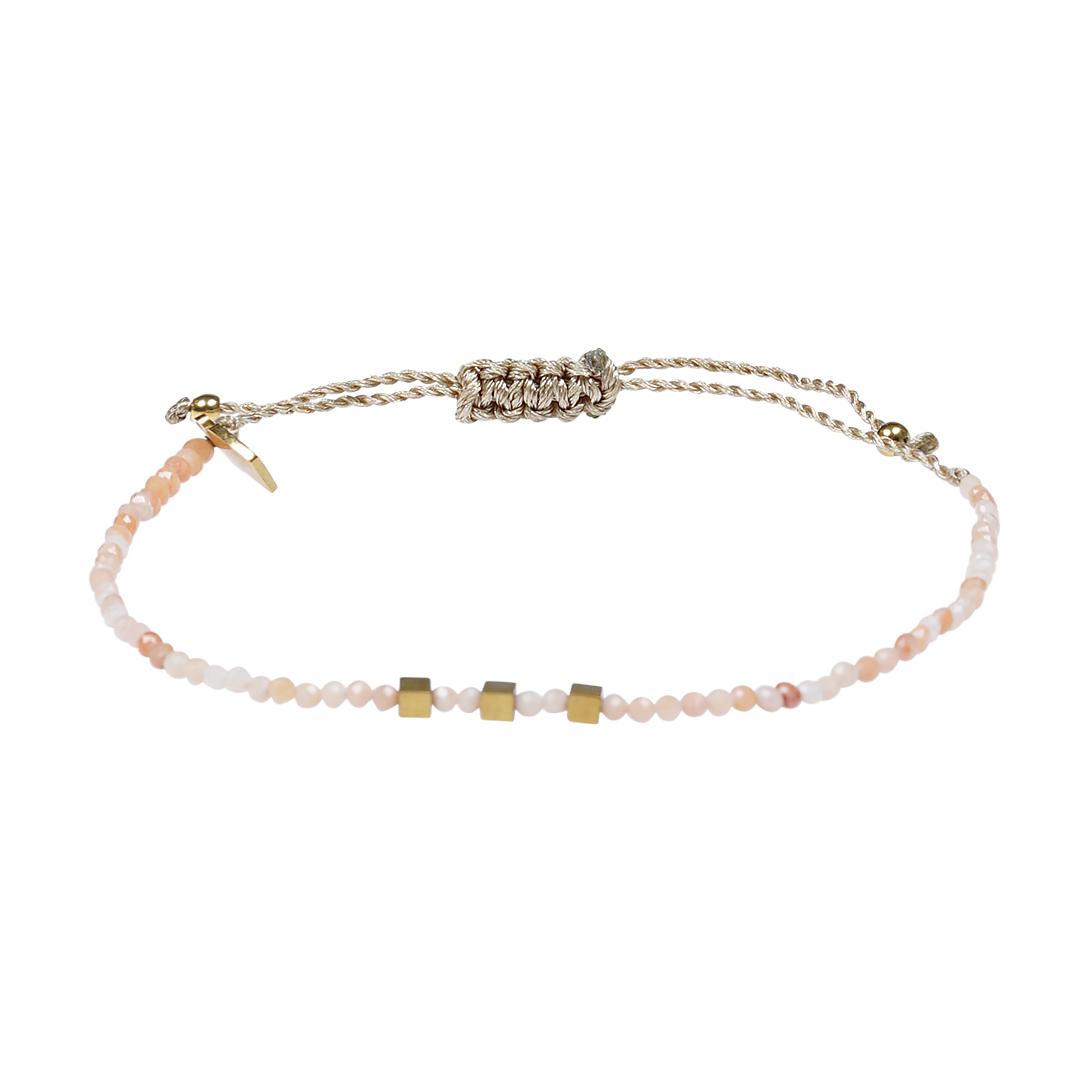 Edelsteen fijne armband lichtroze Maansteen Pull Presents and Pearls